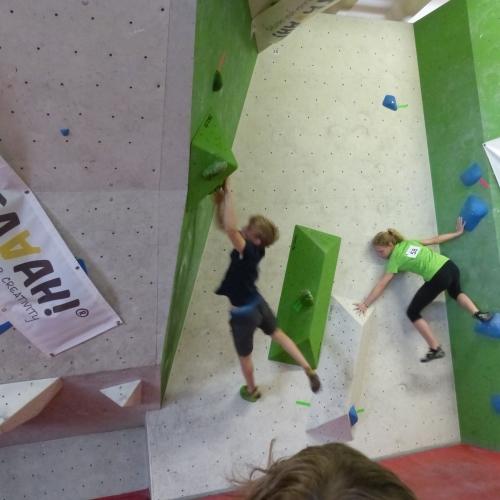 Anton springt, Paula stützt